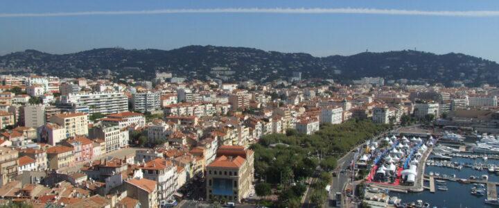 Réfléchir à un lieu de résidence pour les vacances à Cannes